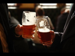 SILVER GOLD STOCKS POLITICS ECONOMY CREATE HEATED DEBATE - LET'S HAVE A BEER