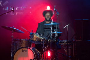 Kirk Douglas of The Roots are using it for comedy gold