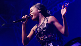 Azealia Banks performs live in Berlin