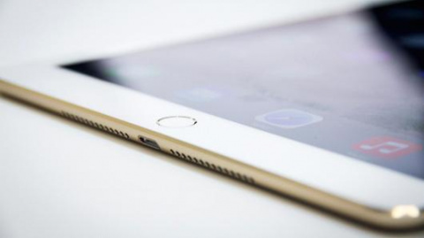 Apple stock headed to $120 per share: Pro