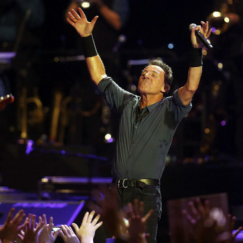 BRUCE SPRINGSTEEN REVEALS BOOKS AND AUTHORS THAT INSPIRE HIM