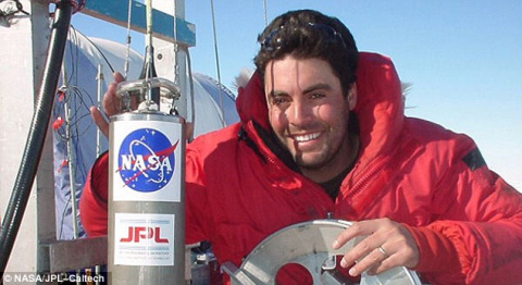 NASA scientist who helped prove there was once water on Mars has crashed