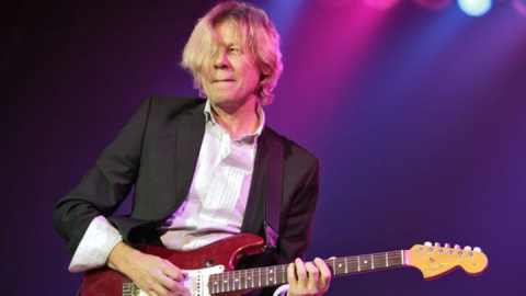Suffered from a rare disease guitarist Jeff Golub died at 59