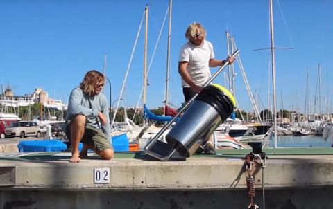 Floating Rubbish Bin That Cleans Oceans