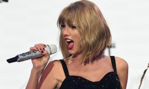Taylor Swift announces the next UK festival show